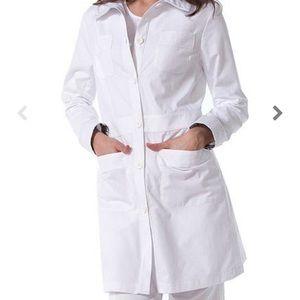 "(NWT) Koi Women's Rebecca 34 1/8"" lab coat"